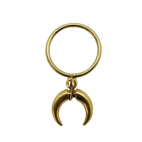 Double horn ring