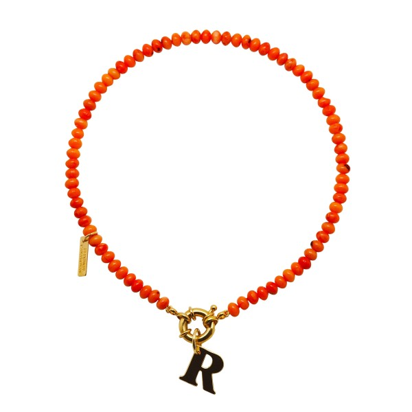 "Collar ""Coral Sunset"" con inicial"