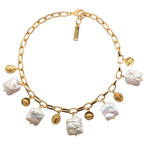 Lucky Pearls Necklace